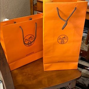 2 Hermès shopping  bags